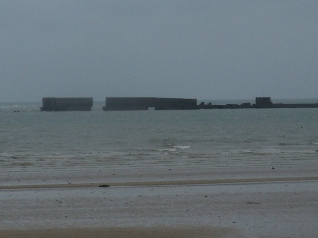 Omaha Beach: le port artificiel