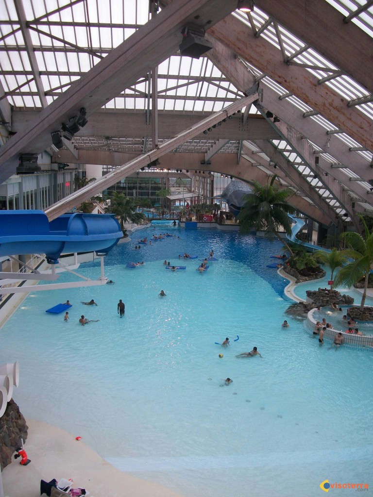 Aquaboulevard guide de voyage for Piscine aquaboulevard