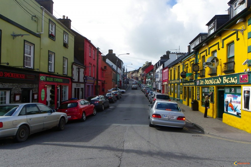 Dingle: la rue principale