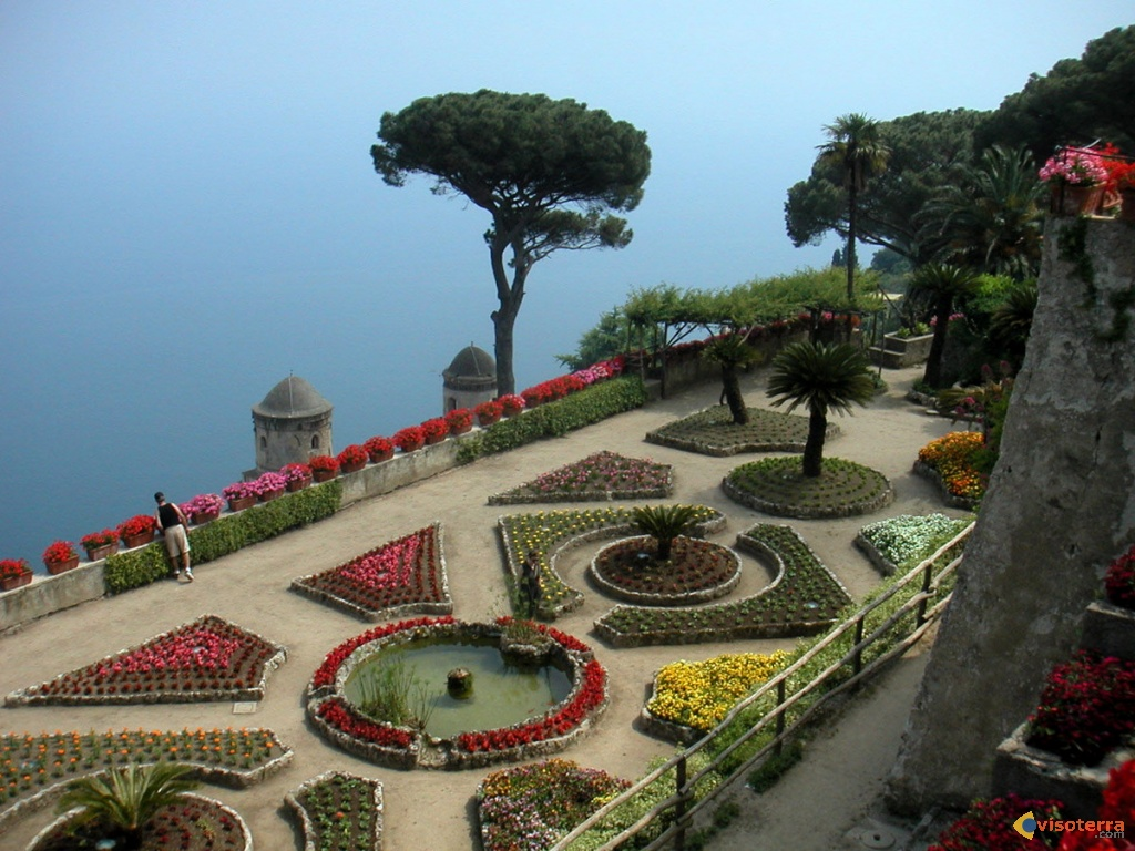 Photo jardins ravello for Jardin villa rufolo