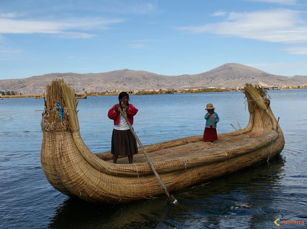 Embarcation du lac Titicaca