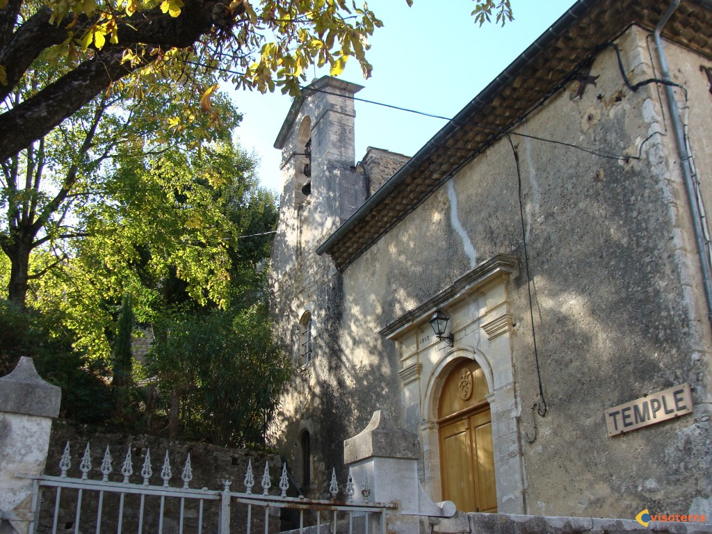 Lagorce : temple protestant