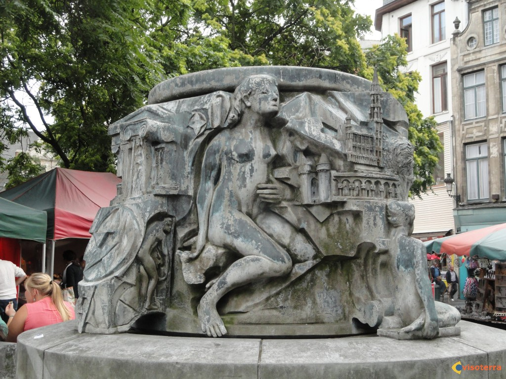 place agora - fontaine charles buls