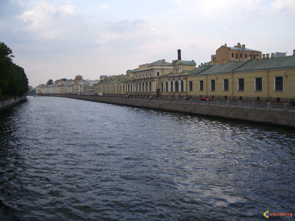 Canal à St Petersbourg