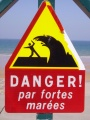 Panneau attention vagues
